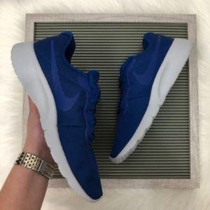 New Nike Tanjun Gym Blue